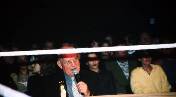 "CWA-Legende ""Wrestling-Papst"" Peter William"