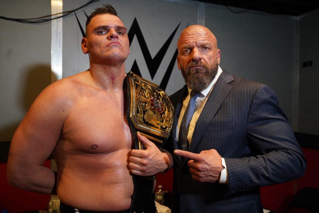 Triple H mit WWE NXT United Kingdom Champion Walter