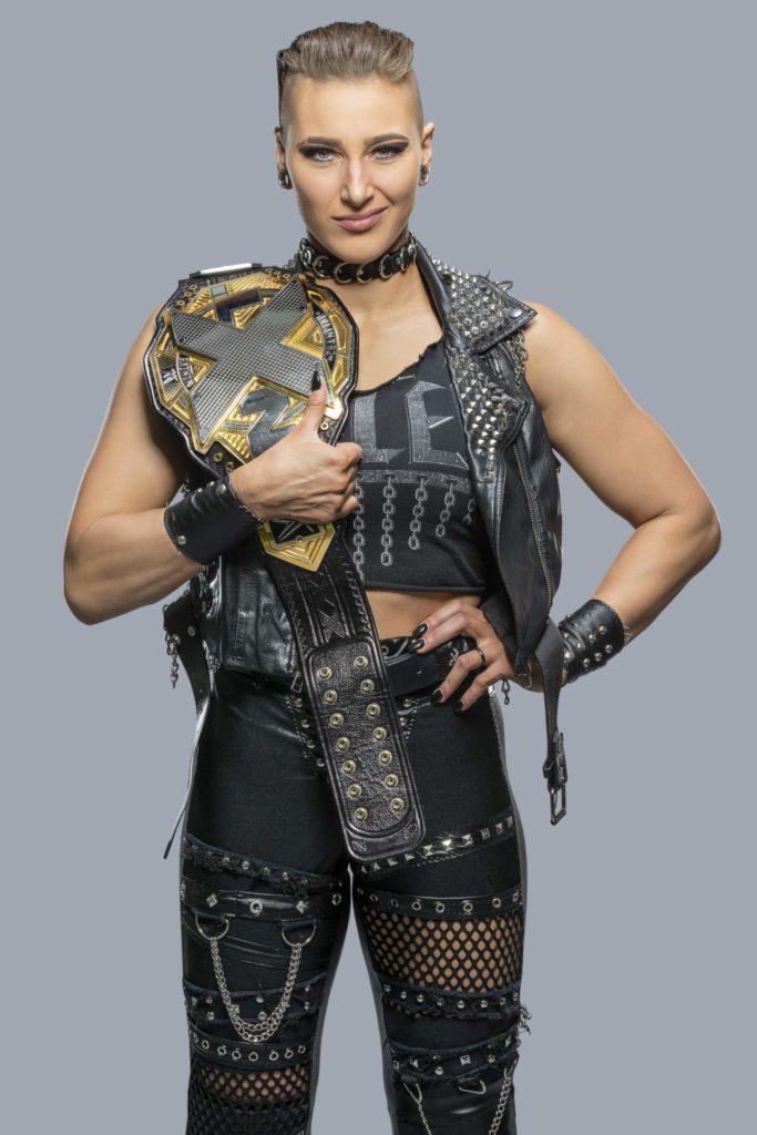 Rhea Ripley als NXT-Champion (Foto: (c) 2020 WWE. All Rights Reserved.)