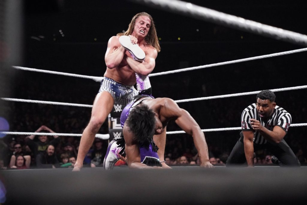 Matt Riddle vs. Velveteen Dream - (c) 2020 WWE. All Rights Reserved.