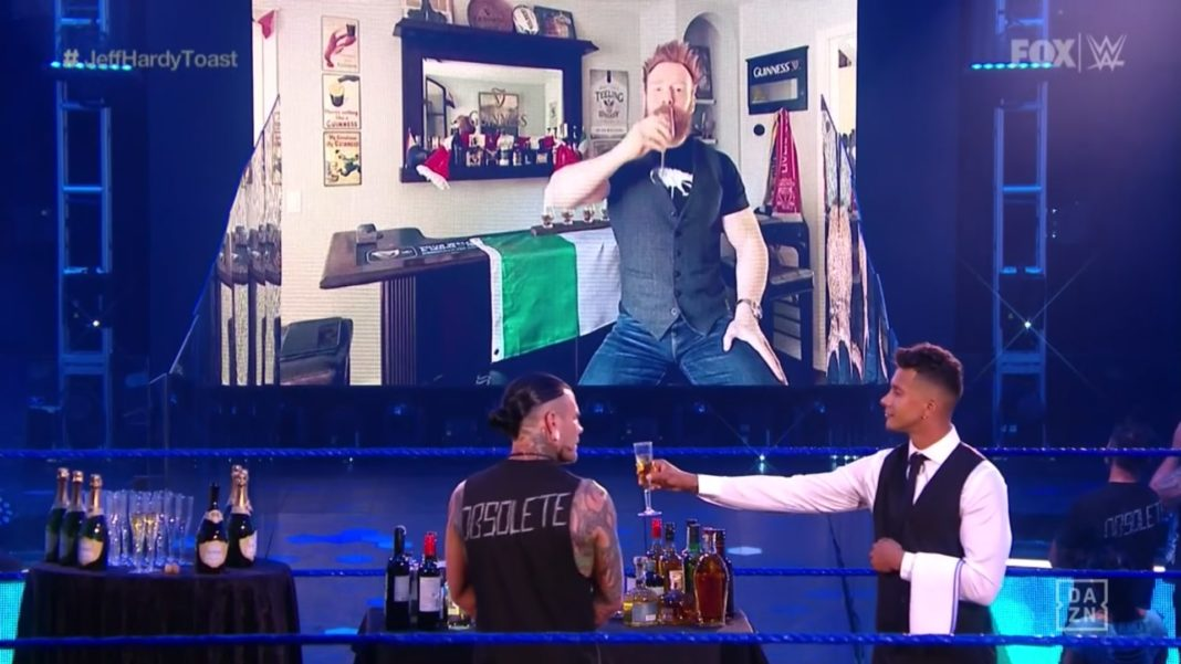 Sheamus will mit Jeff Hardy bei WWE SmackDown anstoßen - 3.7.20 - (c) 2020 WWE. All Rights Reserved.