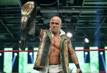 Eric Young im Sommer 2020 als IMPACT Wrestling World Champion