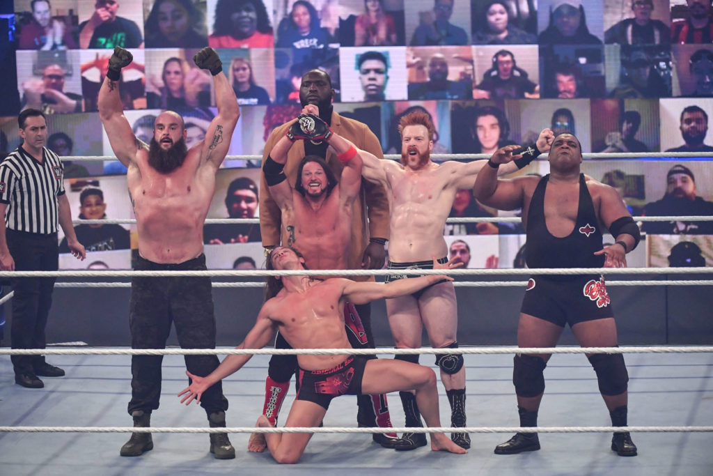 Team Raw siegt ohne Verluste - (c) 2020 WWE. All Rights Reserved.