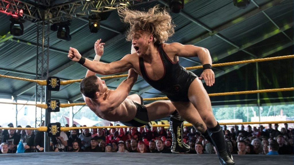 WWE NXT Star Pete Dunne bei einem Festival-Event in England
