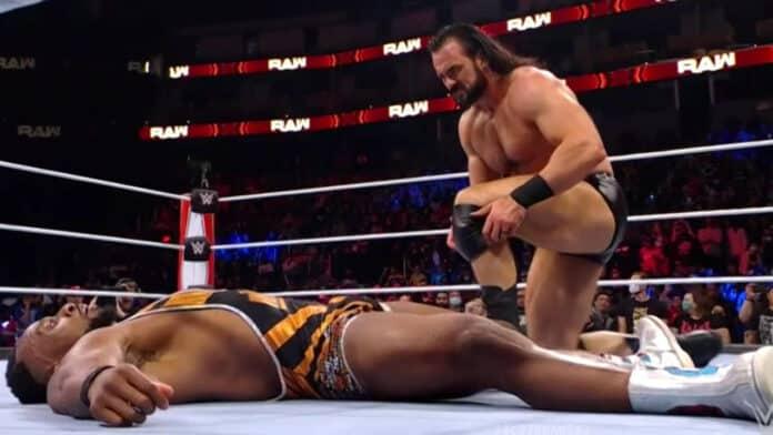Drew McIntyre hat den Champion Big E ausgeschaltet - WWE Raw vom 11. Oktober 2021